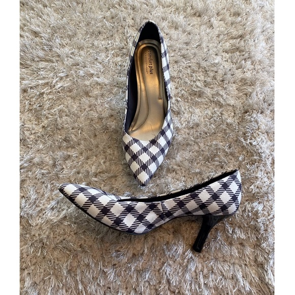 Comfort Plus By Predictions Plaid Heels Size 9.5